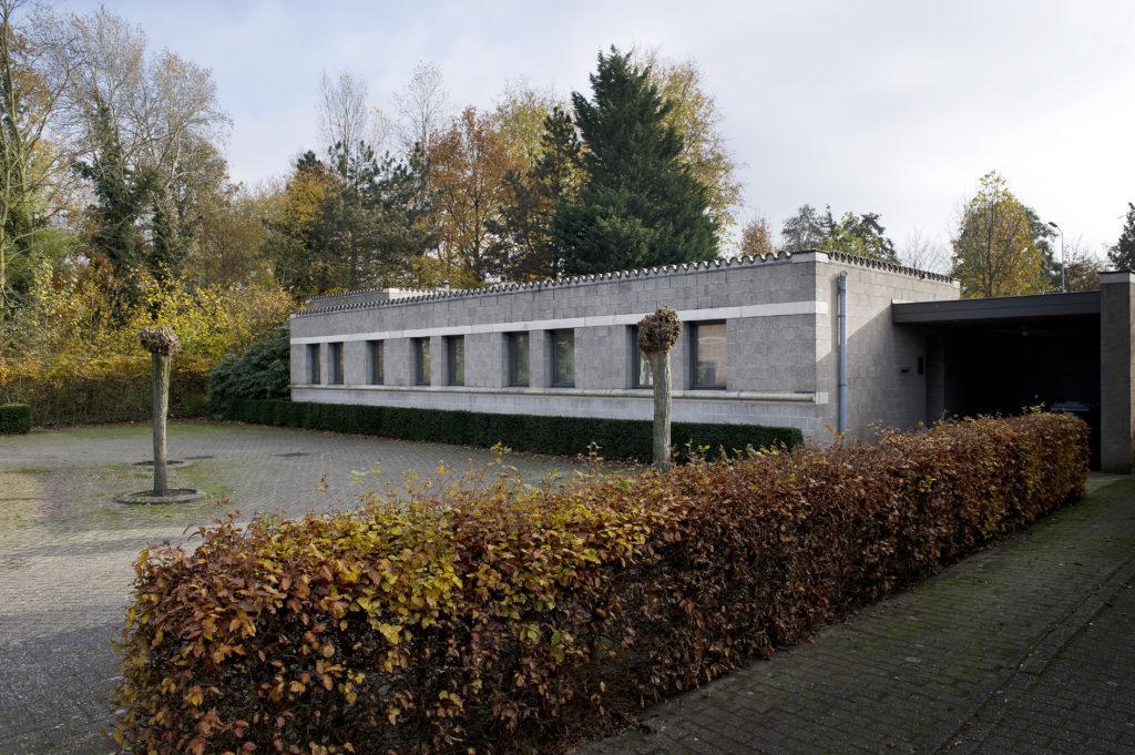 afb. 1 De voorzijde van Huis Naalden, Bakpers 9 te Best (foto: Arjan Bronkhorst 2012)