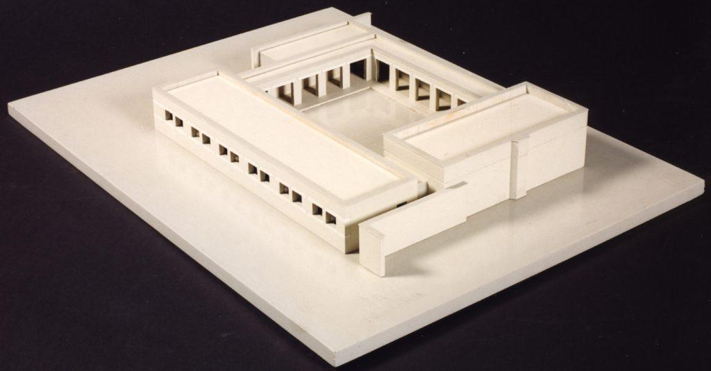 afb. 7 De maquette die Jos Naalden in 1978 op zijn 50ste verjaardag kreeg (uitvoering: Josef Engelberts, foto: Rob van Wendel de Joode)
